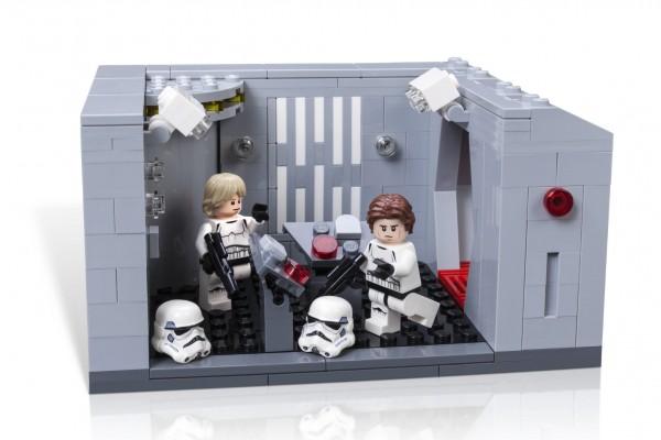 LSW_CELEBRATION_Exclusive_Model-Lego-