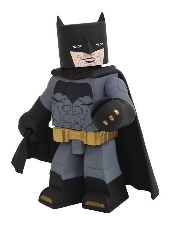 DST-Justice-League-Batman-Vinimate