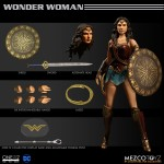 Mezco One:12 Wonder Woman version film